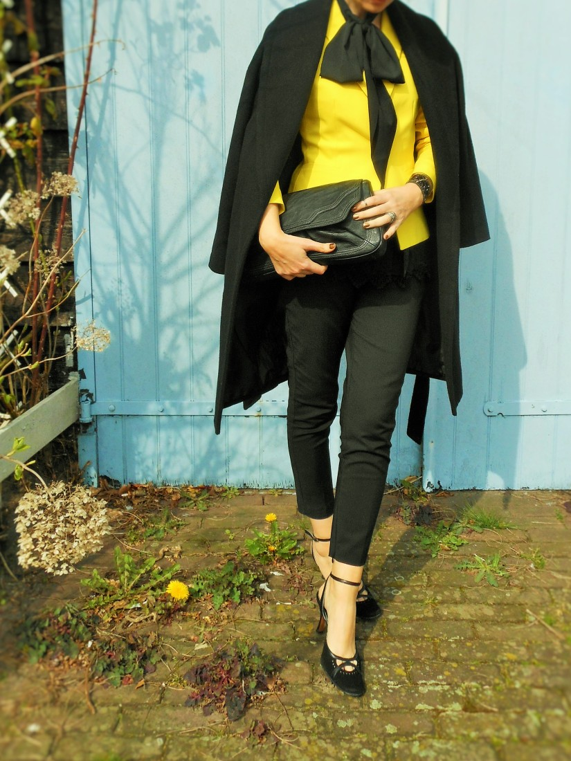yellow blazer, pussy bow, yellow jacket, fashion blog