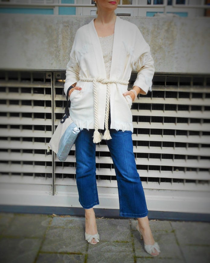 white blazer, fringe jacket, fringe coat, fringe blazer, fashion blogger