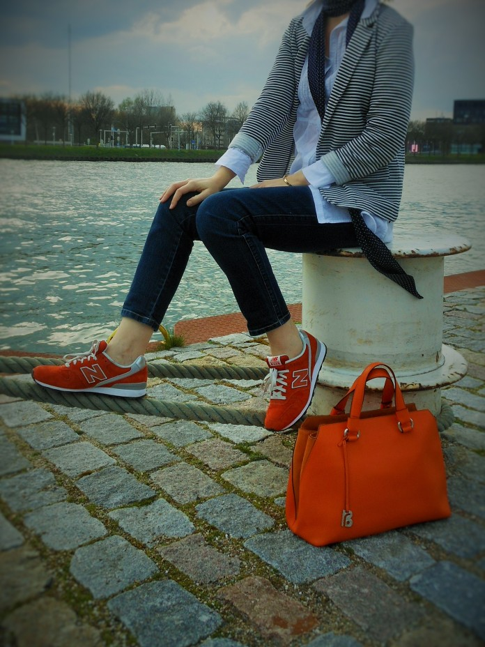 fashion blog, oranje sneakers, orange shoes