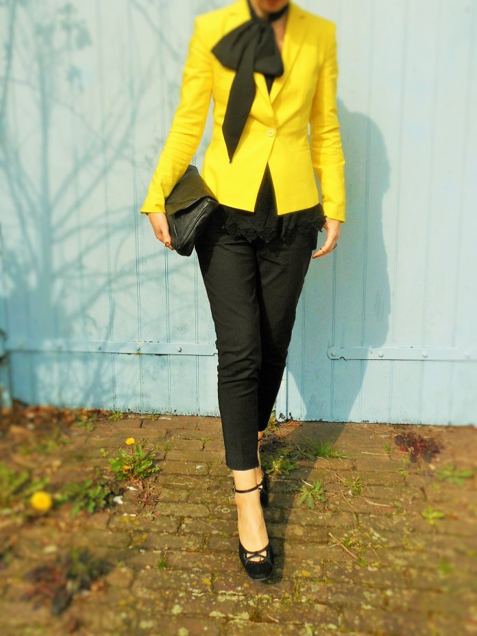 Guban, fashion blog, pussy bow, yellow blazer, yellow jacket