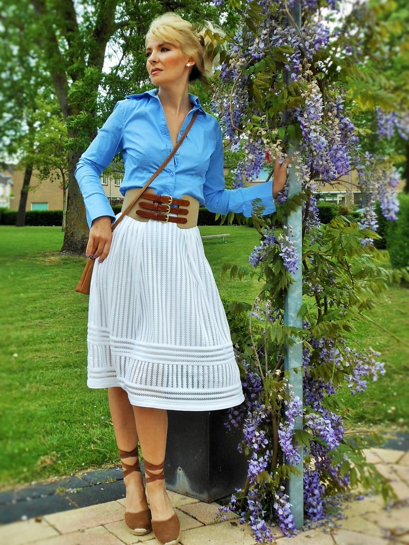 Carmen de Jong fashion blogger - Chasing the White Rabbit Blog