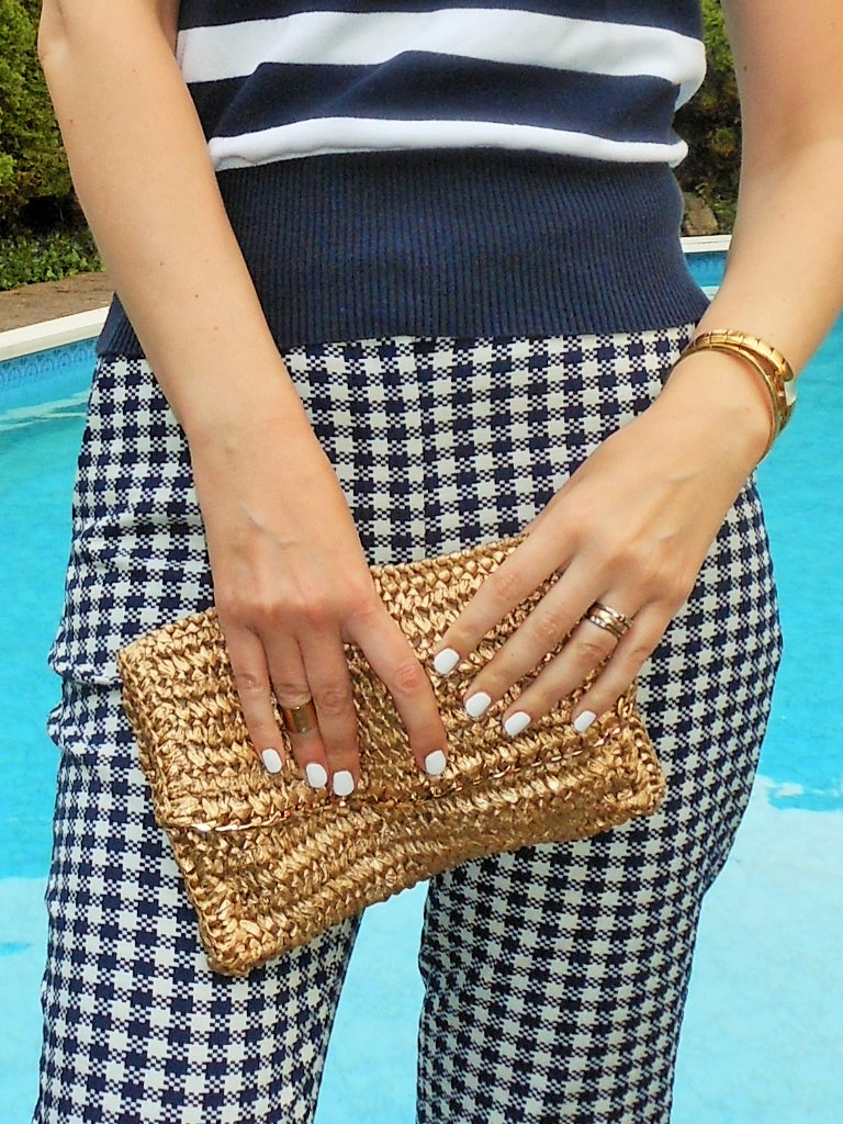 golden straw clutch H&M blogger
