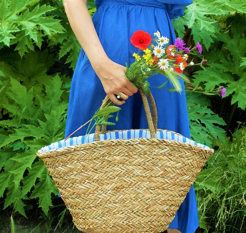 straw bag fashion