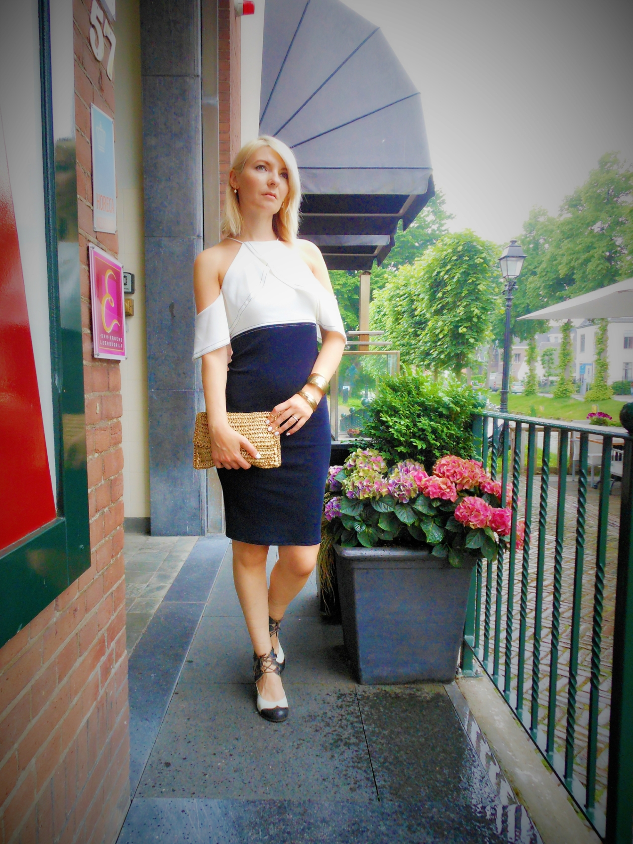 how to wear pencil dress