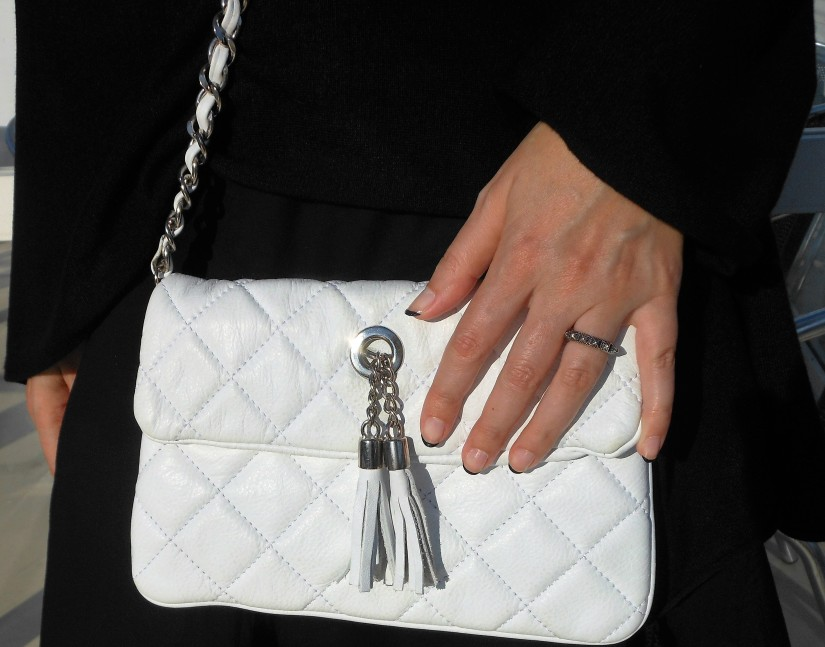 chain bag white clutch blogger