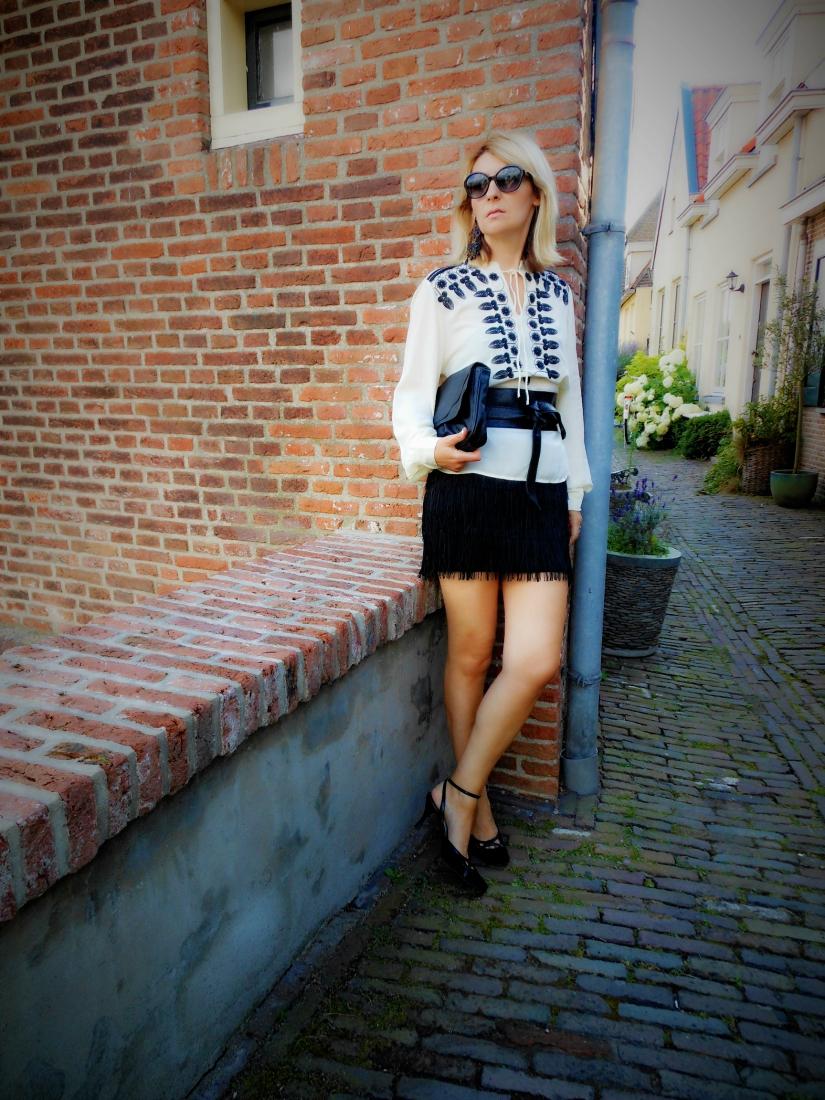 All Black, Back To Black, Black Fashion, Fashion Blog, Black Maxi Dresses, Black Chasing the White Rabbit Blog