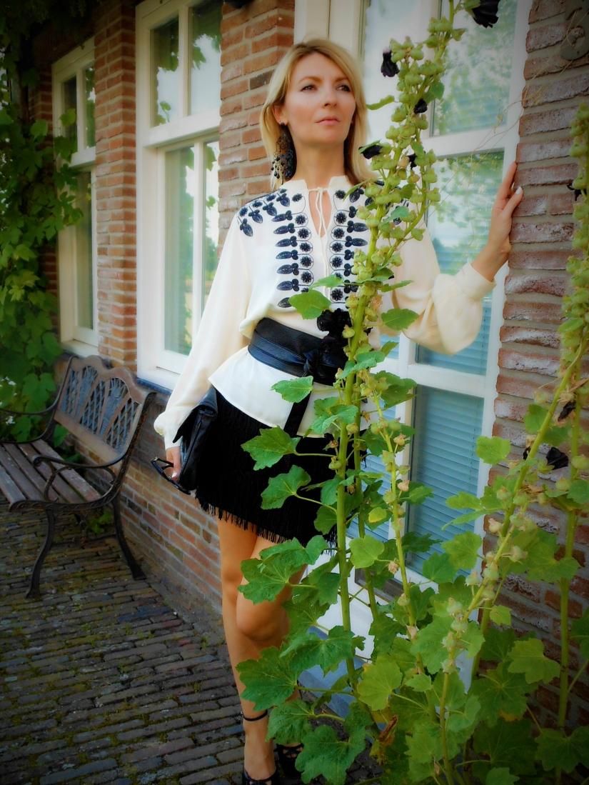 how to wear waist belt blogger