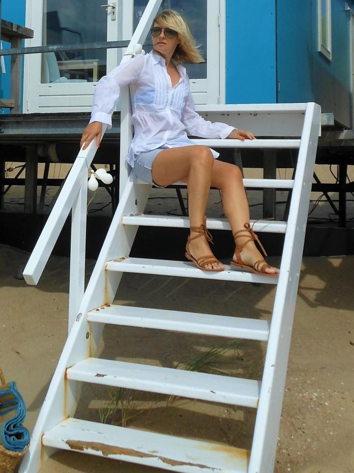 beach look blogger