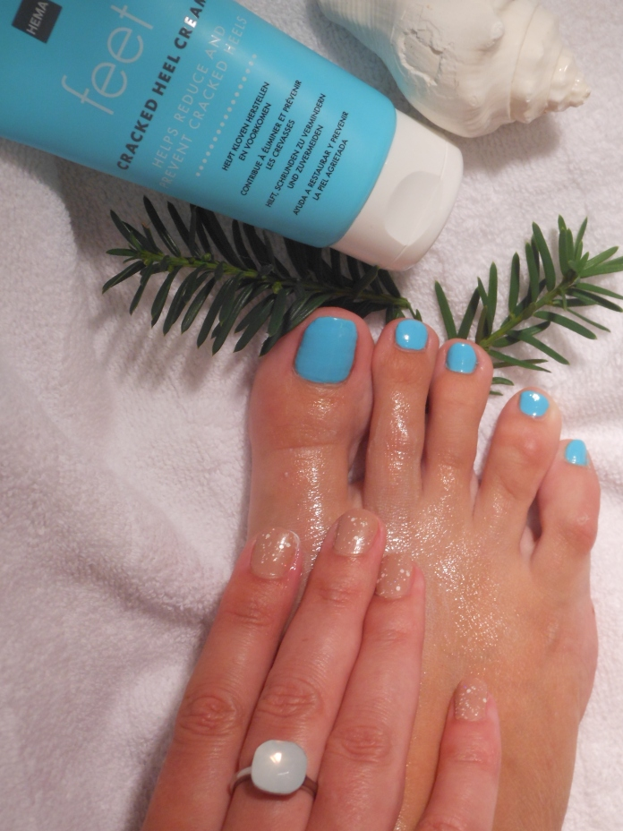 beautiful feet nails blogger, feet care blogger, how to care your feet