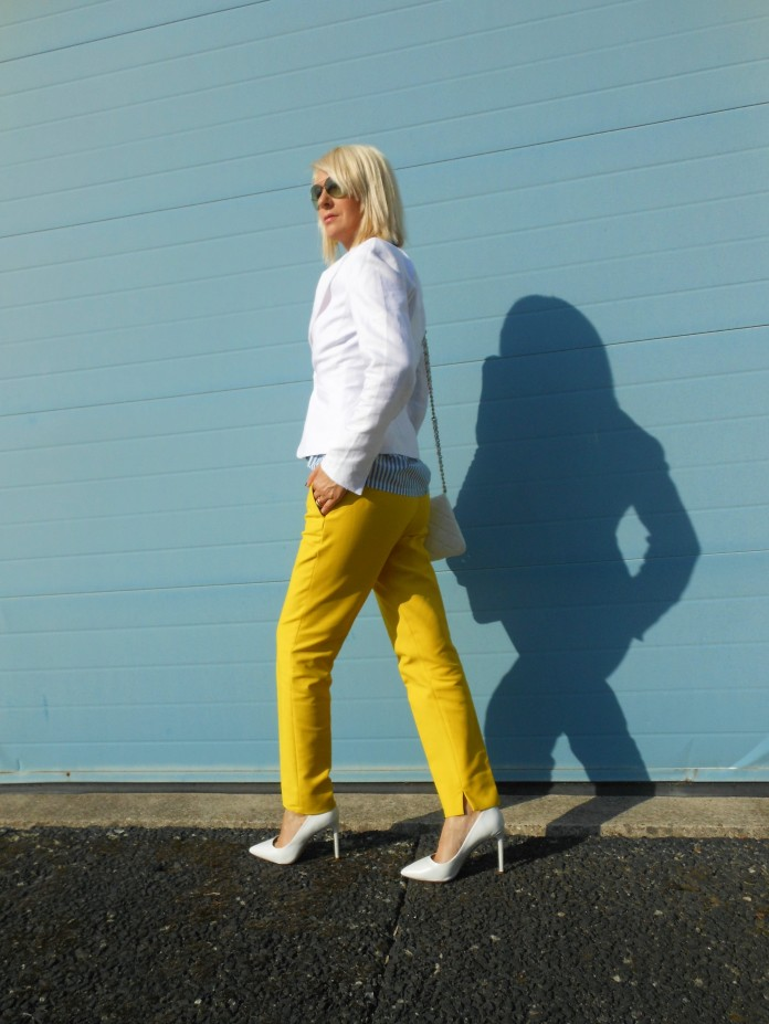 how to wear white and yellow