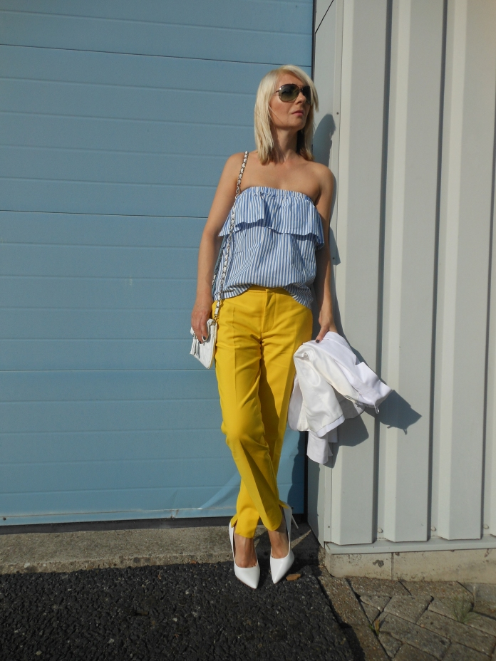 off-the-shoulder ruffle top blogger, off-the-shoulder top h&m