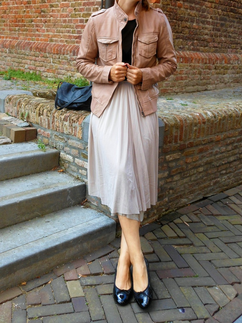 dusty pink fashion, dusty pink clothes, dusty pink blogger