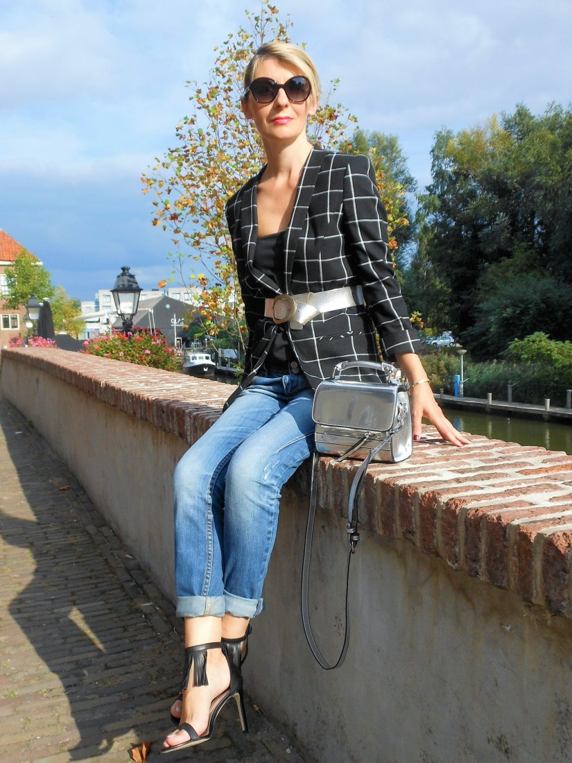 Carmen de Jong fashion blogger, Dutch fashion blogger, Romanian fashion blogger