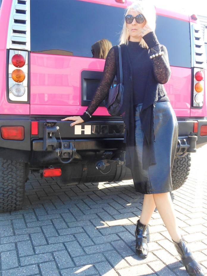 how to wear patent skirt, how to wear patent skirt blogger
