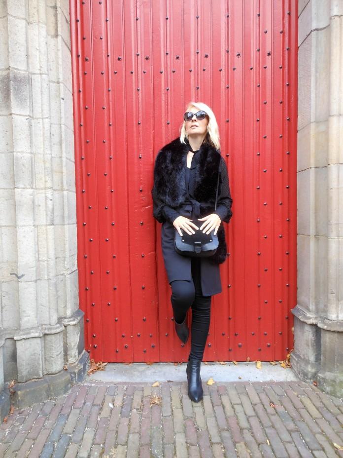 fur stole, fur poncho, fake fur stole, fake fur shawl, fake fur shawl blogger