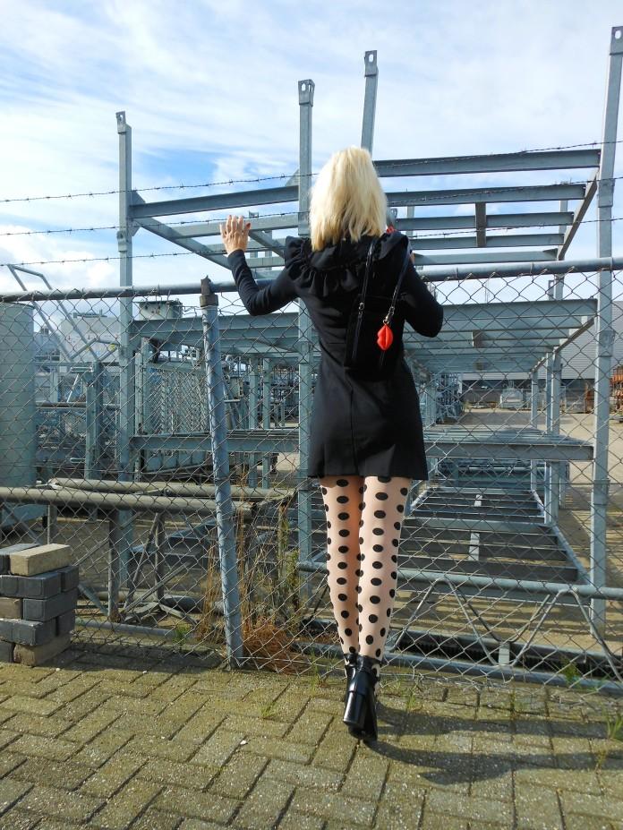 polka dot sheers, fun sheers, sheers fashion blogger, sheers blogger, dot sheers blogger