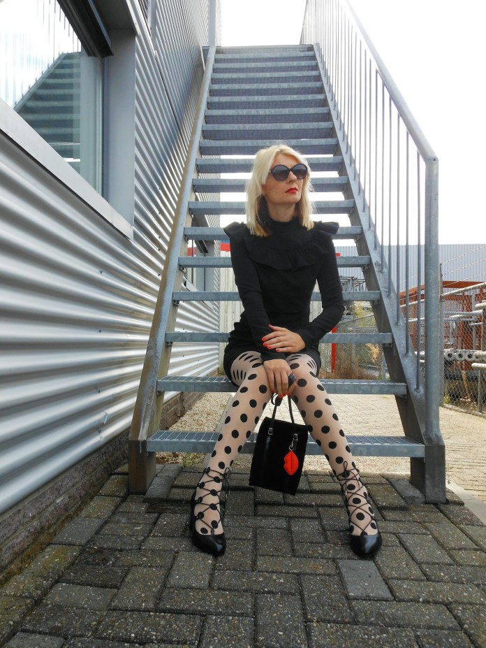 Carmen de Jong fashion blogger, Romanian fashion blogger, Dutch fashion blogger