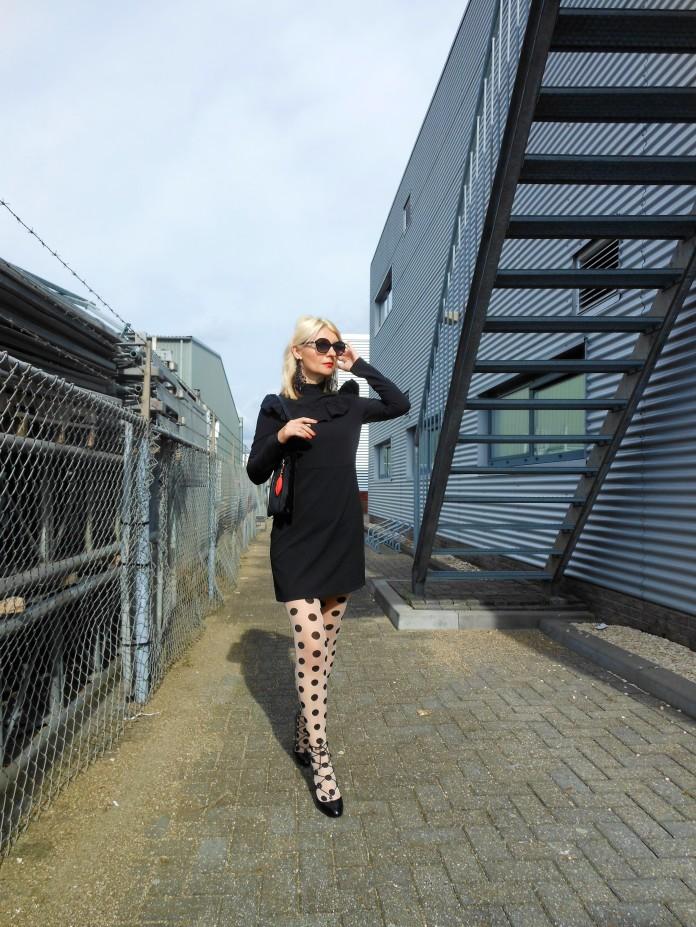 black dress blogger, black dress H&M, black dress fashion blogger, all black blogger, all black fashion