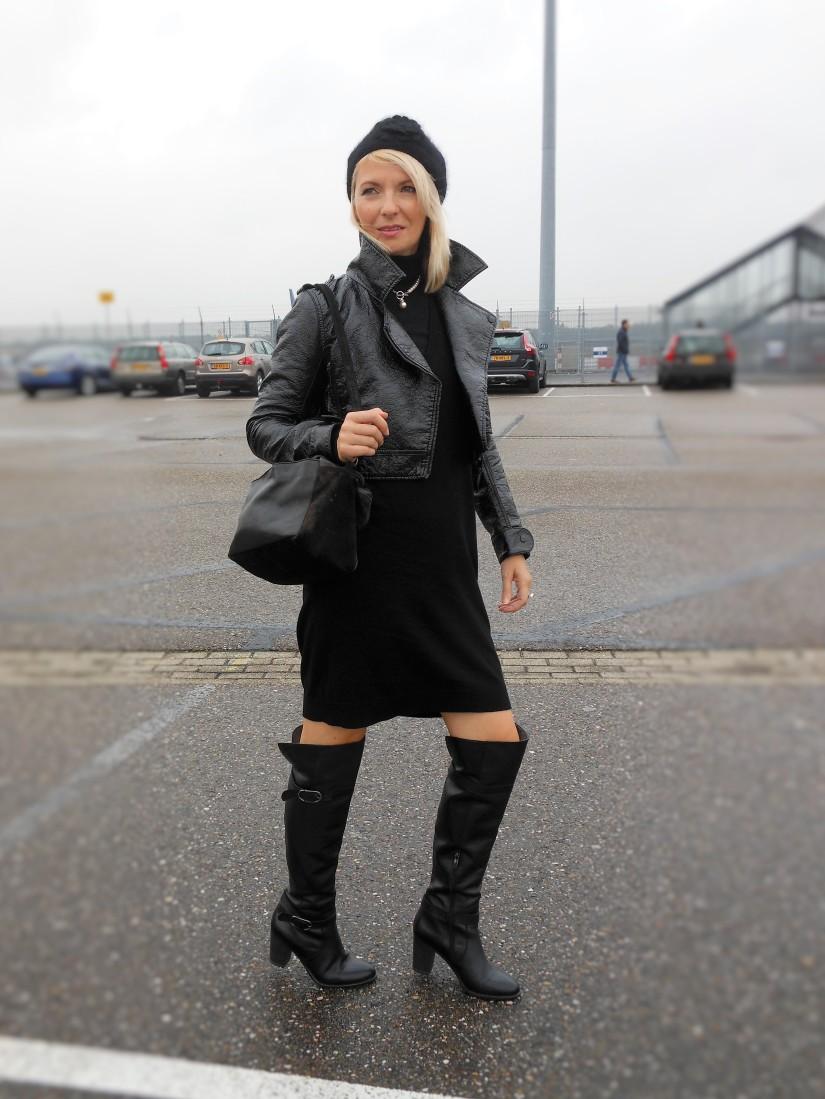 Carmen de Jong -Chasing the White Rabbit fashion blog