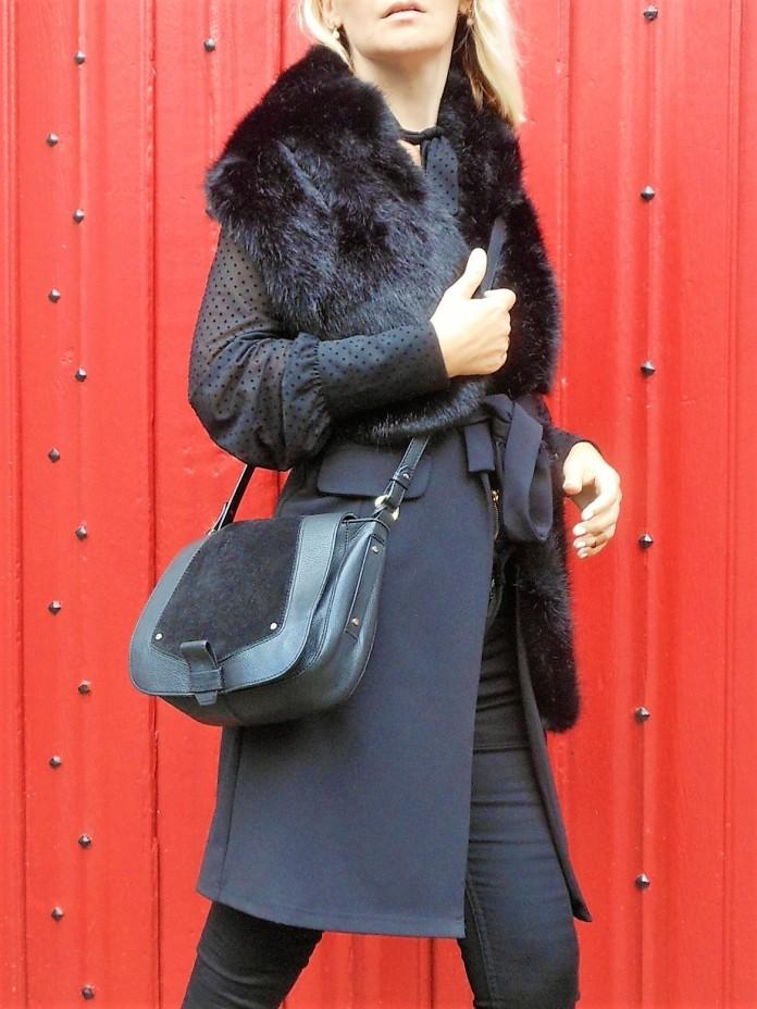 long sleeveless vest blogger, long vest blogger, long black vest, long black vest blogger