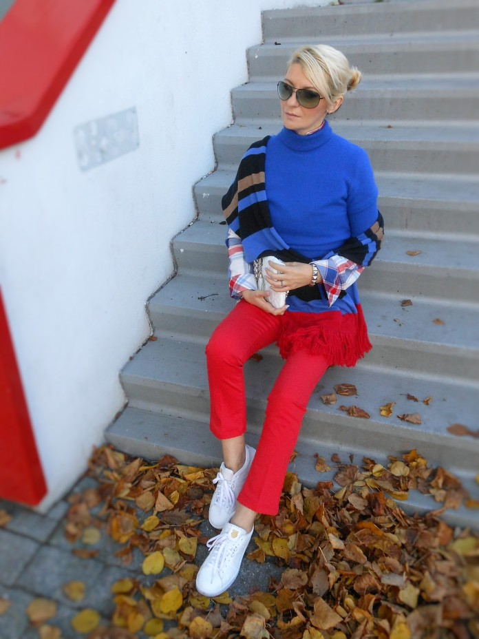 how to wear kropped jeans, kropped jeans blogger, red kropped jeans, red krop jeans
