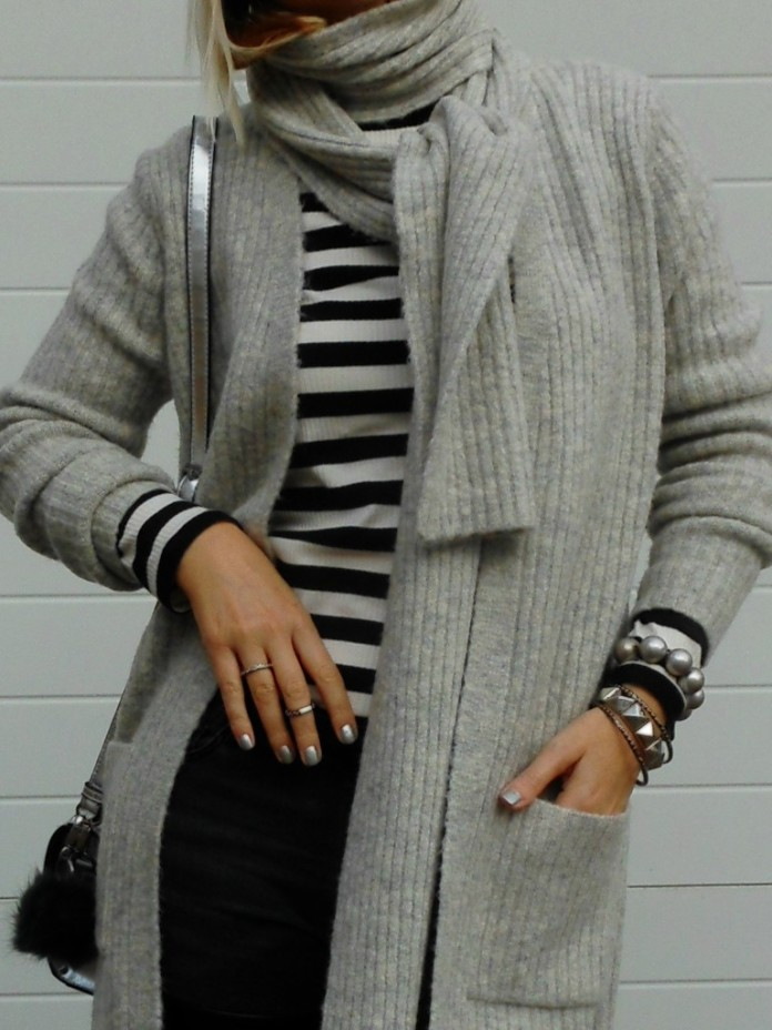 stripes top blogger, striped top blogger, stripes top, stripes shirt blogger