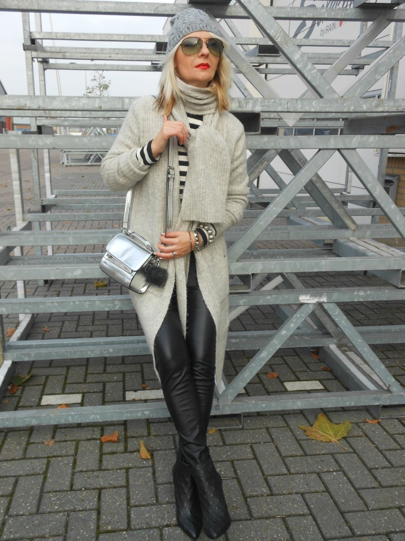 how to wear winter grey blogger, how to wear grey tints blogger