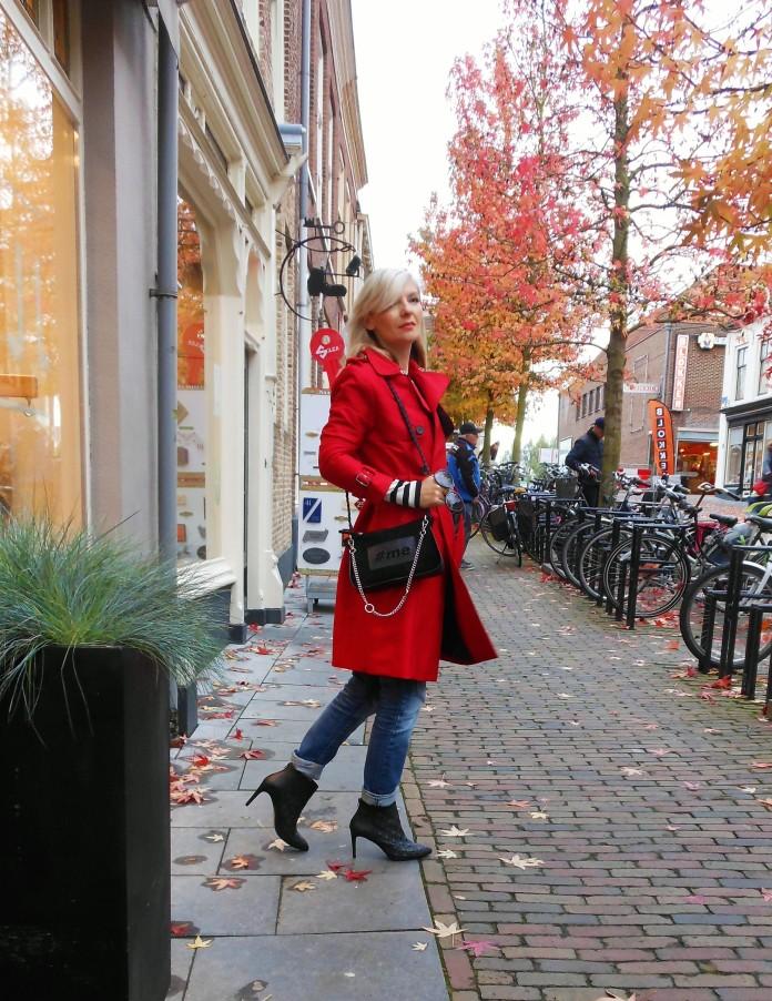 Carmen de Jong - Chasing the White Rabbit fashion blog, Romanian style blogger, Dutch style blogger