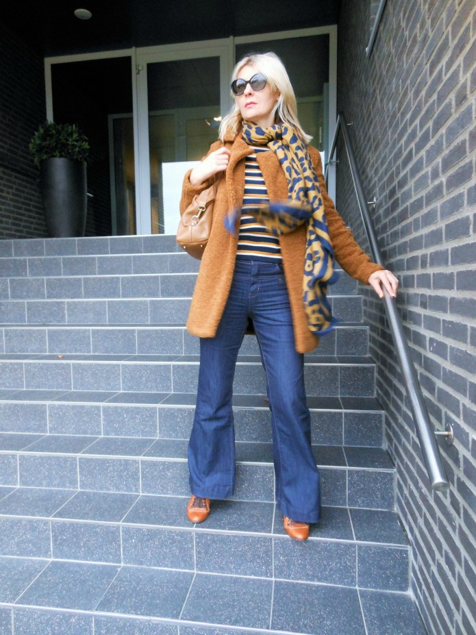 how to wear brown, how to wear brown blogger, brown coat blogger