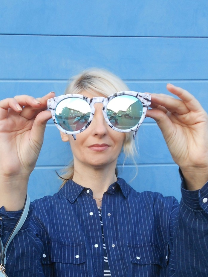 mirrored sunglasses blogger, mirrored sunglasses, Quay sunglasses, mirror sunglasses blogger
