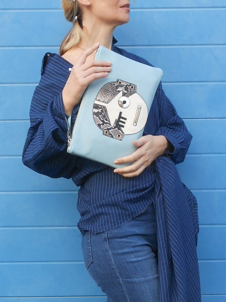 fantasy clutch blogger, LYDC London clutch blue