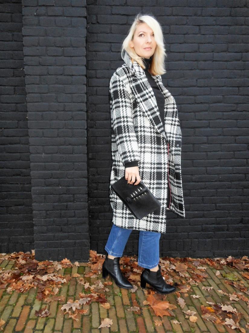 how to wear oversized plaid coat, oversized plaid coat, oversizet plaid coat blogger, how to wear oversized plaid coat blogger
