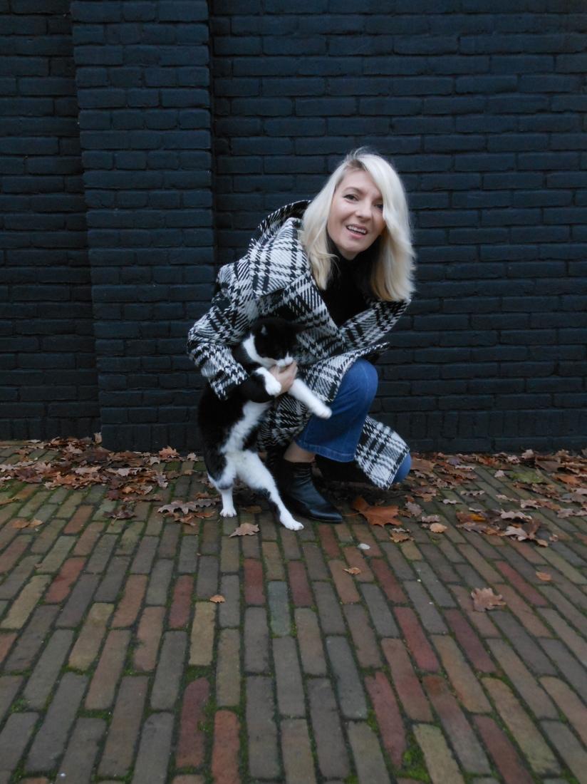 Zara plaid coat blogger, Zara plaid coat, Zara oversized coat, Zara woolen coat