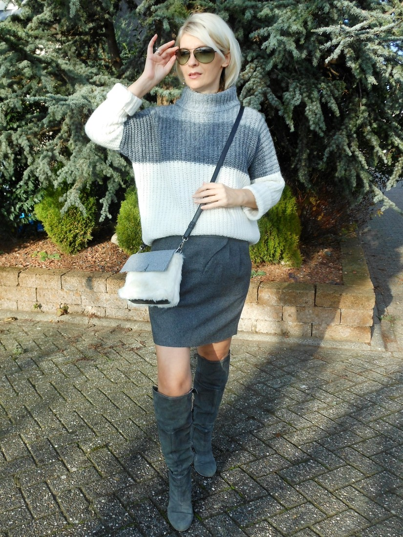 color block blogger, color block jumper, color block sweater
