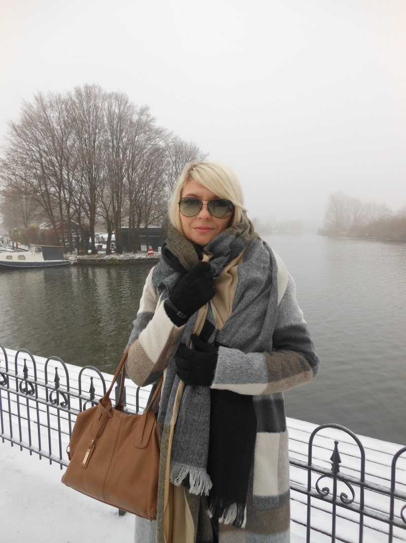 Carmen de Jong- fashion blogger