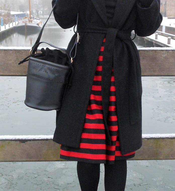 bucket bag, Zara bucket bag, how to wear bucket bag, bucket bag blogger