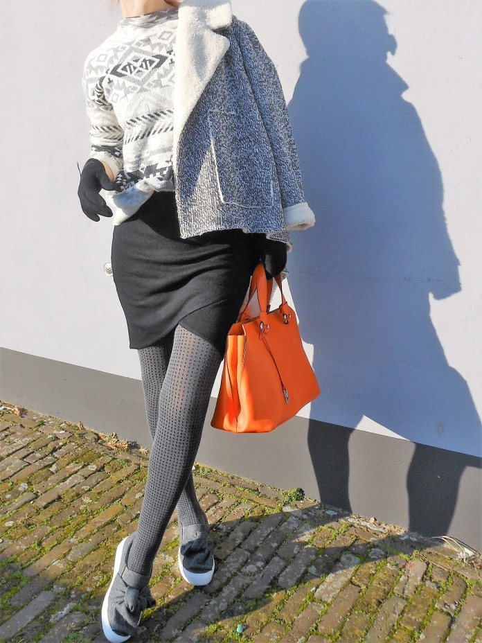 mini skirt blogger, how to wear mini skirt, how to wear mini skirt blogger, mini skirt blogger