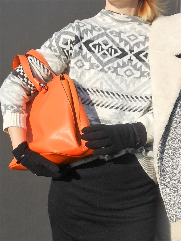orange bag, orange bag blogger, how to wear orange bag, how to wear orange bag blogger