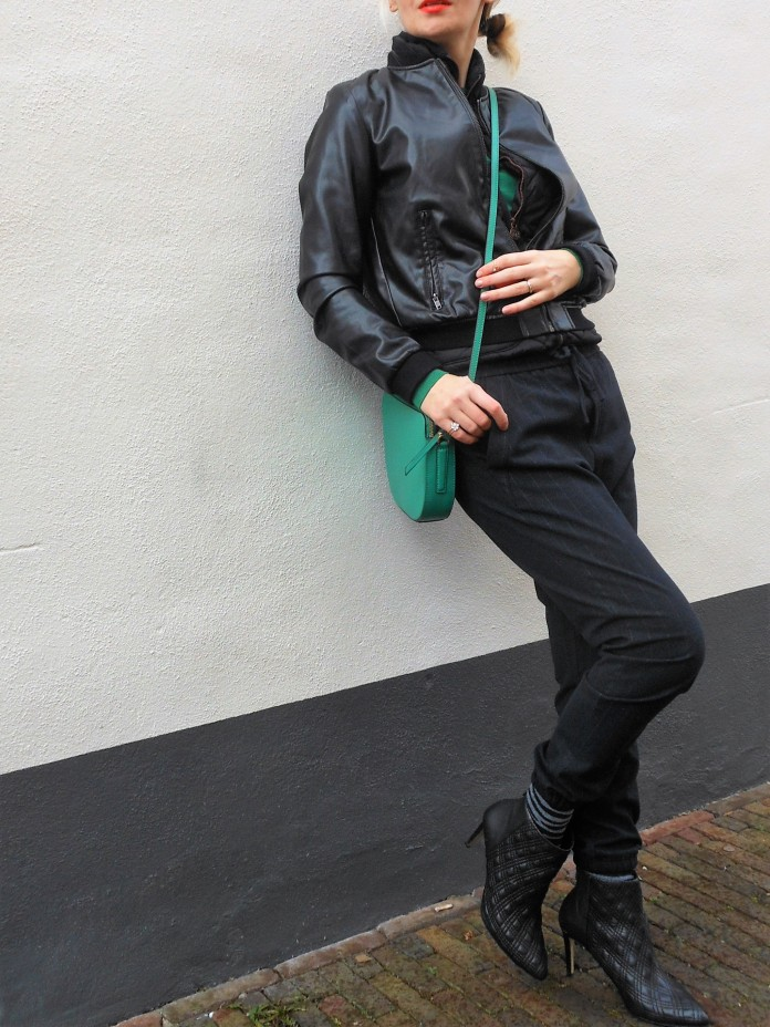 sweatpants blogger, how to wear sweatpants