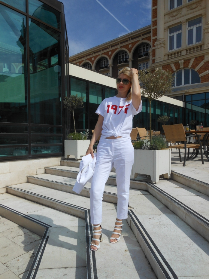 all white blogger, how to wear all white blogger